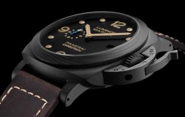 沛納海661錶殼是Carbotech材質 戴起來比看起來要輕