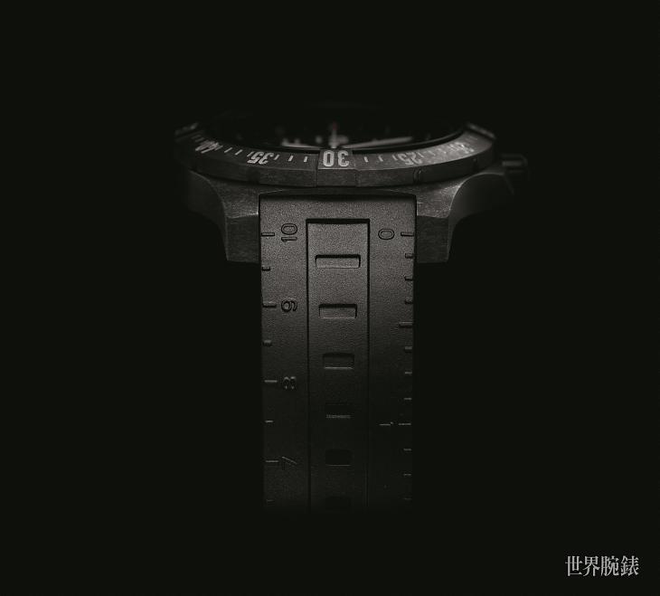 硬黑实力 百年灵挑战者空中竞速腕表