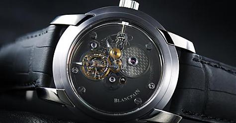 珍貴編號在台灣!寶鉑藍寶石一分鐘飛行卡羅素限量錶