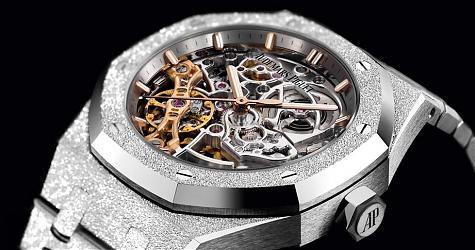 出色的工藝當然男女通吃 愛彼皇家橡樹鏤空雙擺輪腕錶