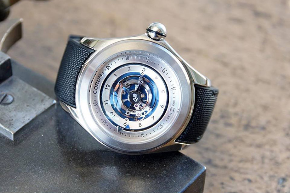 泡泡錶也略懂陀飛輪 CORUM Bubble Central Tourbillon