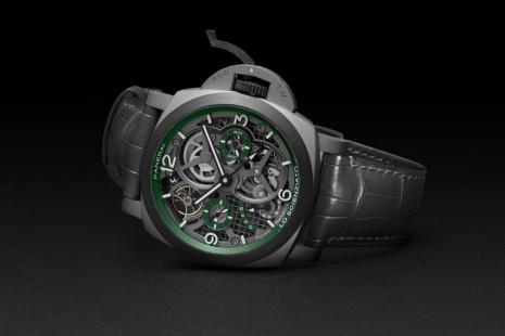 沛納海Luminor系列再現陀飛輪 結合Carbotech錶圈使鈦金屬錶殼更輕巧
