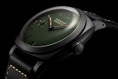 沛納海全新Radiomir系列採用軍綠色面盤 陶瓷殼997是唯一手上鍊版本