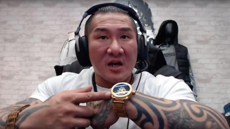 館長最近也賣錶  什麼品牌一支36900元?