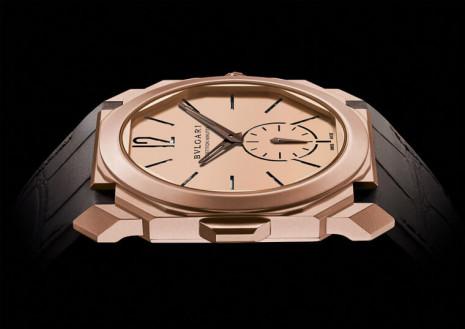 寶格麗Octo Finissimo最薄三問錶推出玫瑰金改款