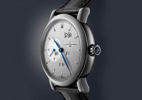 好入手又好操作的萬年曆難尋 雅典錶的Classic系列最近發了一款致敬Oechslin博士的新作就是一例