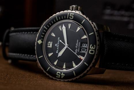 寶珀經典潛水錶五十噚加入大日期 看時間更清楚