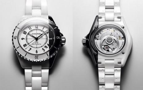香奈兒J12 Paradoxe首見在同一只錶上呈現黑白兩色陶瓷新造型