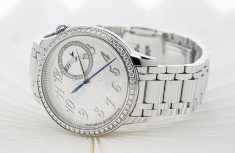 江詩丹頓Égérie伊靈系列自動上鍊錶詮釋品牌經典偏心設計美學