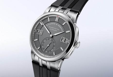 朗格運動錶Odysseus改款換上白金材質搭橡膠錶帶