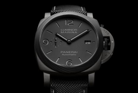 沛納海1662錶殼分別由直接金屬雷射燒結鈦金屬和Carbotech兩種材質組成