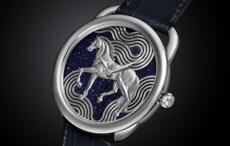 Arceau Cheval Cosmique融合金雕和琺瑯展現愛馬仕工藝水準
