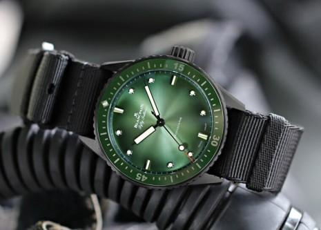 又多一名綠水鬼 寶珀五十噚推出限點限量綠面款式