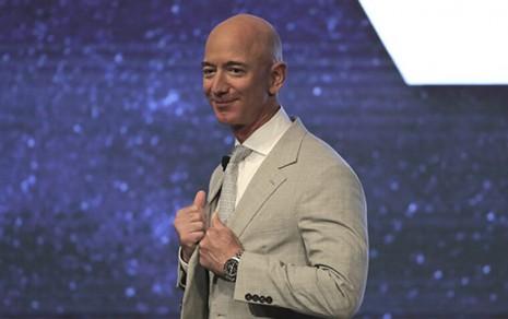 世界首富貝佐斯Jeff Bezos喜歡有故事的錶