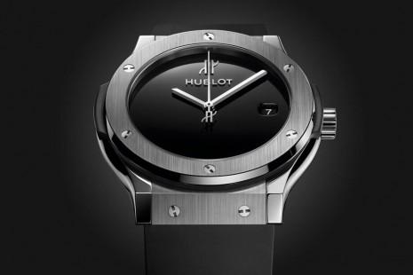 宇舶慶祝40週年以Classic Fusion系列打造復古風紀念錶