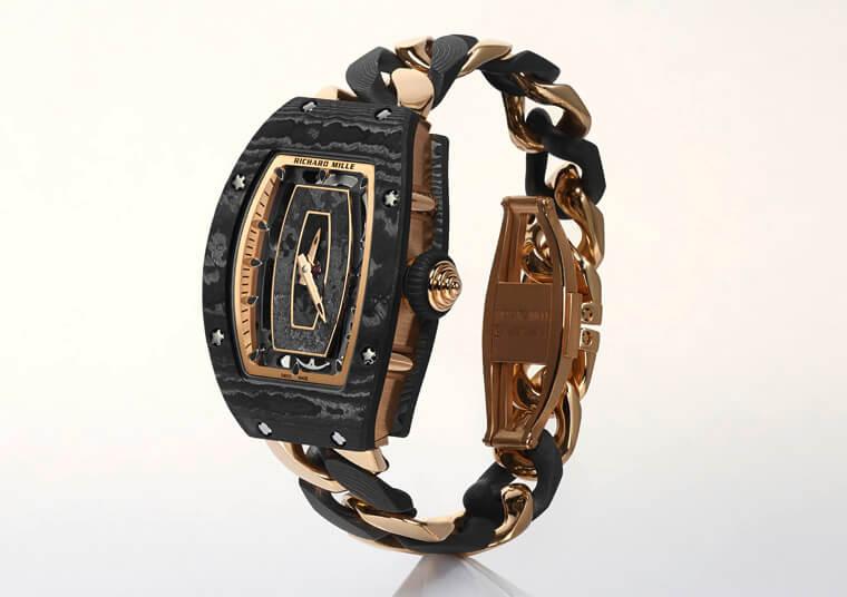 RICHARD MILLE连发两款采用独家碳纤维表壳的RM 07-01女表插图3