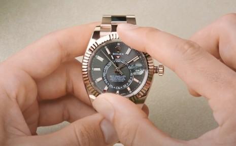 一次看懂勞力士最複雜手錶Sky-Dweller如何調校運作