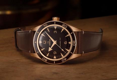 海馬300米新款首度啟用歐米茄獨門青銅金錶殼