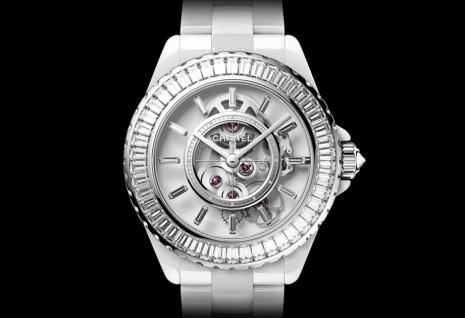 高級製錶持續發力 香奈兒J12 Caliber 3.1白色腕錶