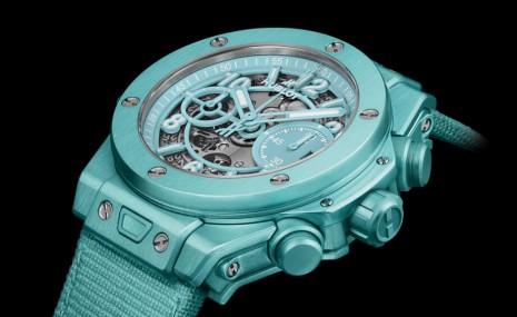 宇舶為了迎接夏天專程打造綠松石色錶殼的Big Bang計時碼錶
